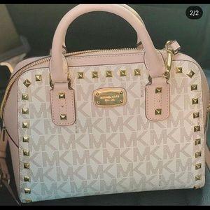 Micheal kors pink sandrine leather satchel